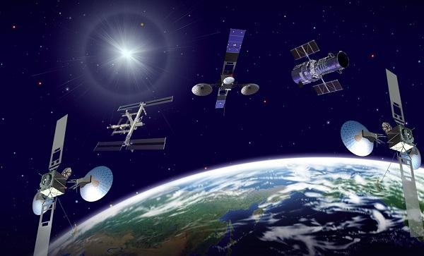 A minket körülvevő műholdak